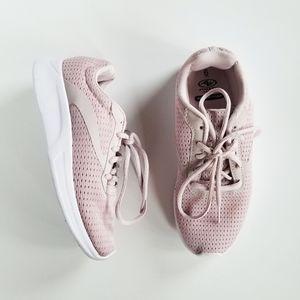 Athletic Works Memory Foam Blush Sneakers NWOT 6